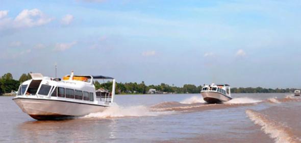 Schnellbootverbindung zwischen Phnom Penh (Kambodscha) und Tan Chau / Chau Doc (Vietnam)