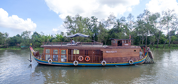 Mekong River Cruises from Vietnam to Cambodia
